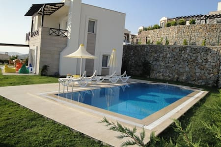 Best view in the Med! / privat pool and garden - Bodrum