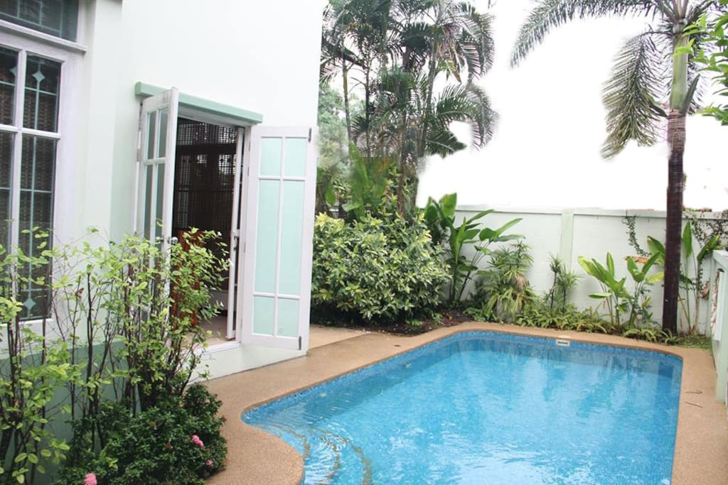 Private pool with easy access one step from the dinning room.