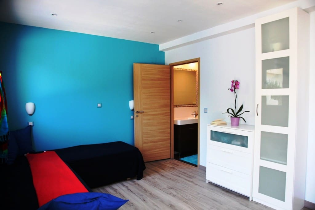Aubergebleue b b chambres d 39 h tes louer nice for Chambre d hotes nice