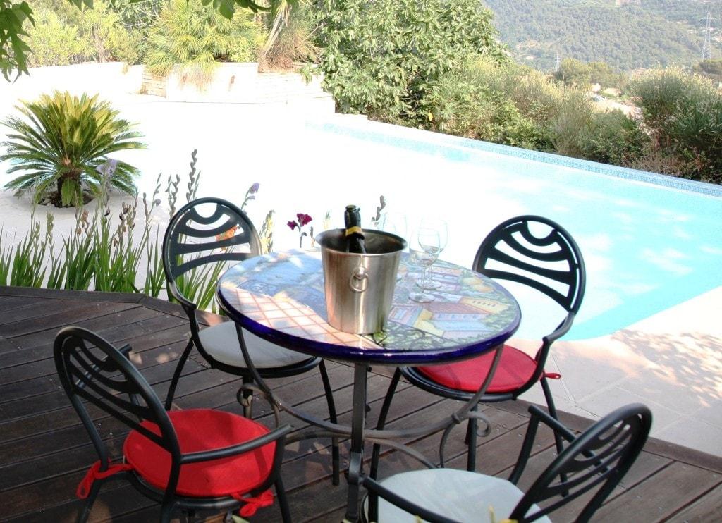 AubergeBleue Bu0026B   Bed U0026 Breakfasts For Rent In Nice, Provence Alpes Côte  Du0027Azur, France