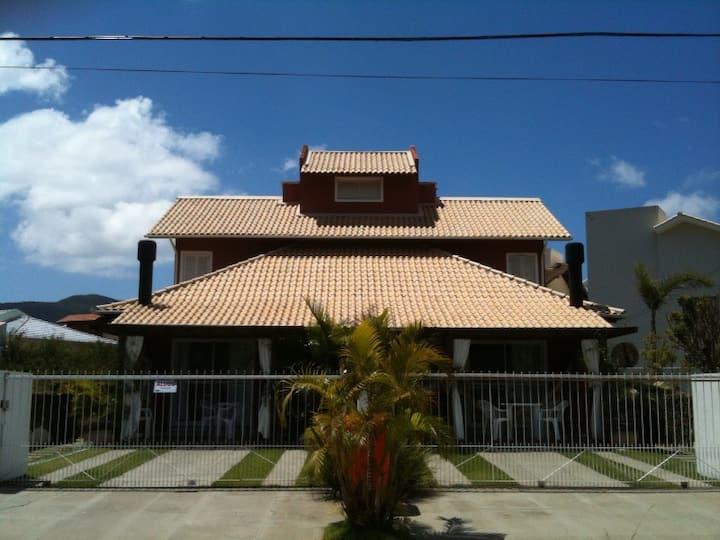 Charmoso duplex 1 na Paia Açores