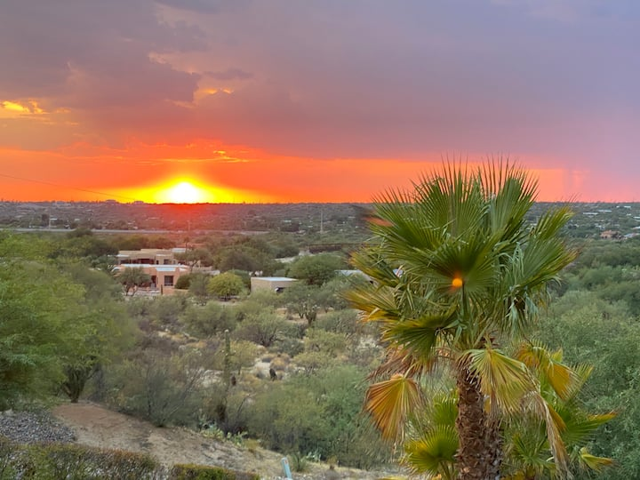 Oro Valley Golf View Casita