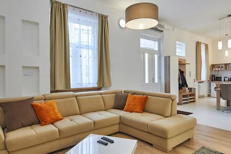 Deluxe flat in heart of Budapest
