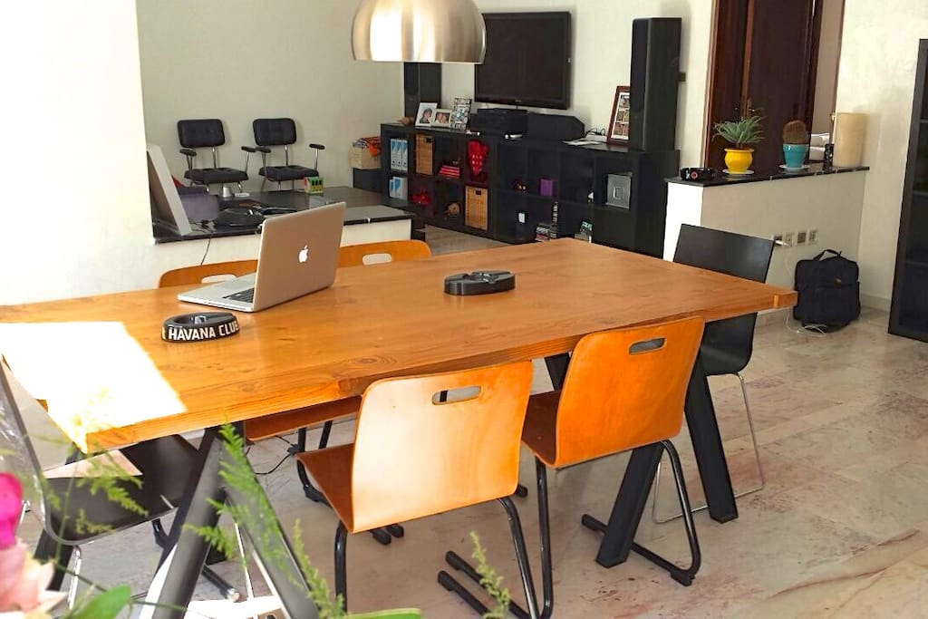 Dining table / Your Office