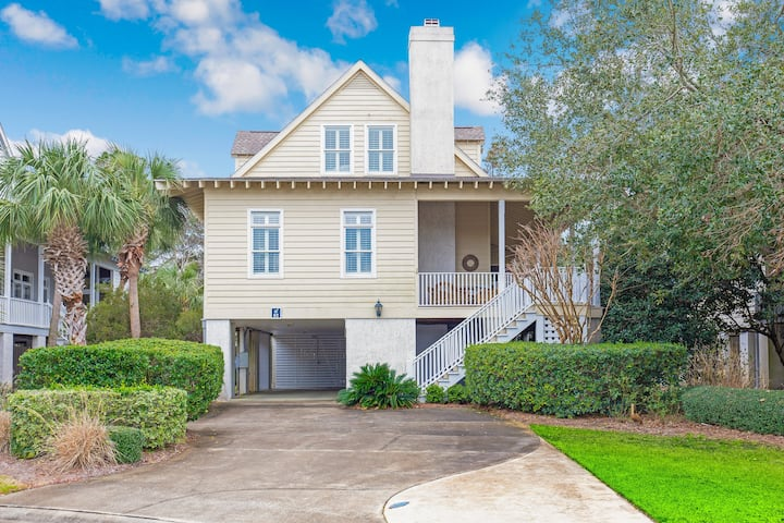 Compass Point 82, 3BR/3.5BA House w/Kitchen