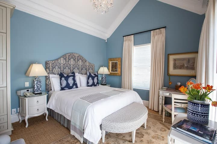 The Hamptons at The Light House Boutique Suites