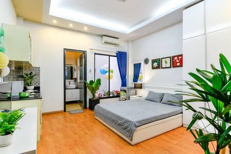 HCMC Budget Cozy Studio 5' to Bui Vien 4