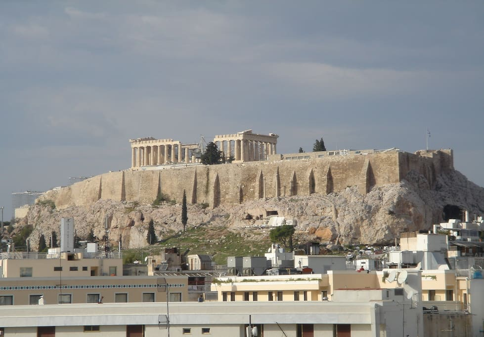 No zooming in! This is how close the Acropolis is to the condo.