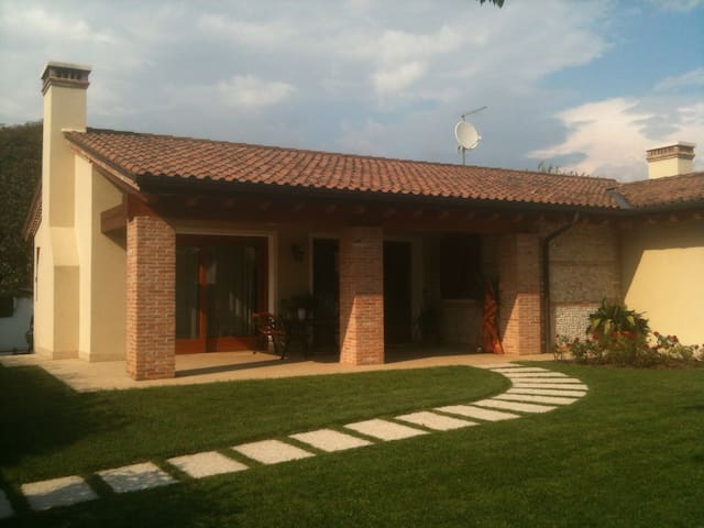 Lovely house near BassanodelGrappa - Rosa'