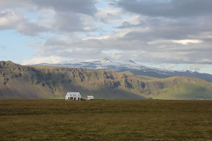 Syðri-Rot, Eyjafjallajokull in the background