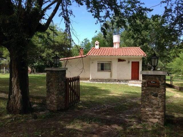 casa de montaña en villa general belgrano cordoba - Villa General Belgrano - Hus