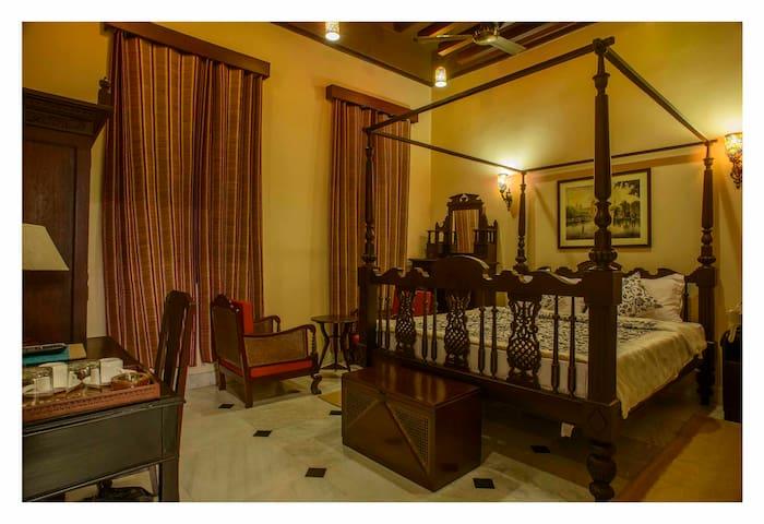 Hotel 233 Park Street -A Vintage Boutique, Kolkata