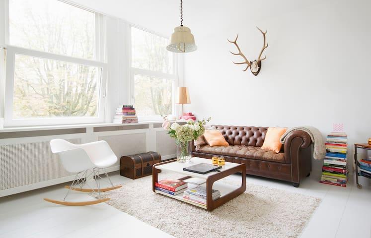 Licht appartement aan de gracht! - Amesterdão - Apartamento