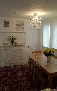 Bright and sunny room in Selsey - Selsey