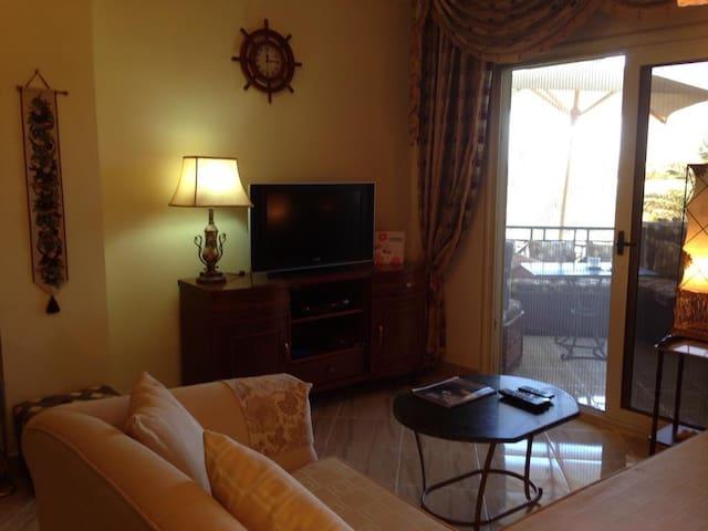 Sea view 2 br apartm at El Andalous,Sahl Hasheesh