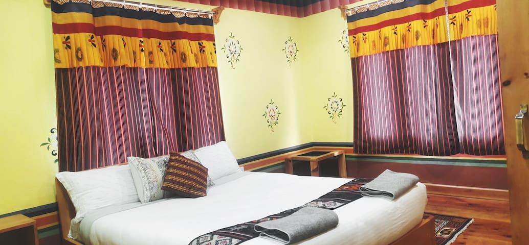 Paro Village View Home Stay, Cottage I