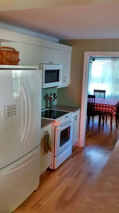 Recently renovated kitchen has everything you need