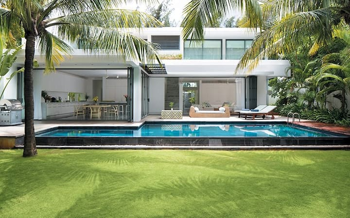 5 Bedrooms, riverfront villa Sanctuary Ho Tram