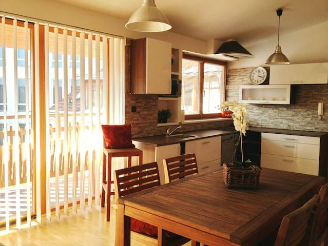 Cosy LOFT - 6 people / OLD TOWN 15m