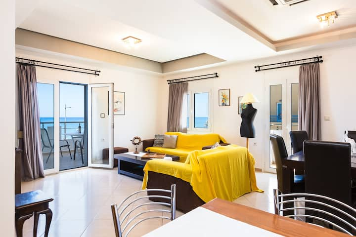 Beachfront apartment offering outstanding sea view