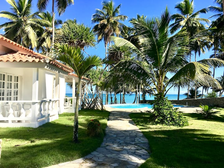 VILLA MARGOT: Beachfront villa near Cabarete!