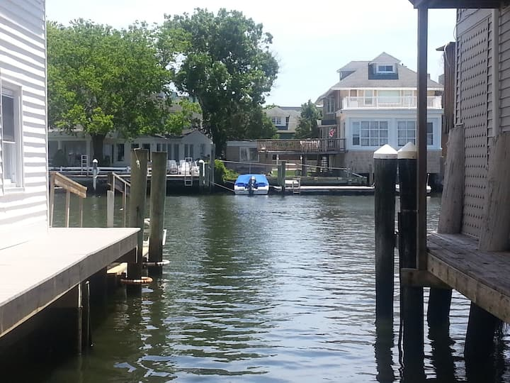 Beautiful bay front in Ventnor