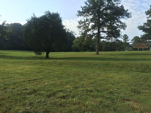 Cedar Hawk Farms available for Georgia Game Days! - Athens