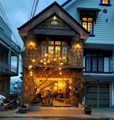 Cosy House - Center Da Lat Private Room 2