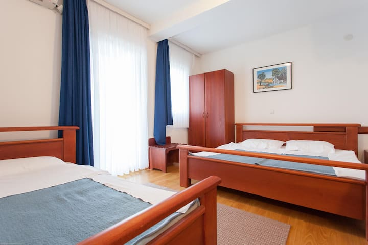 Villa Sandra Ohrid - Triple Bed Apartment - Lagadin - Villa