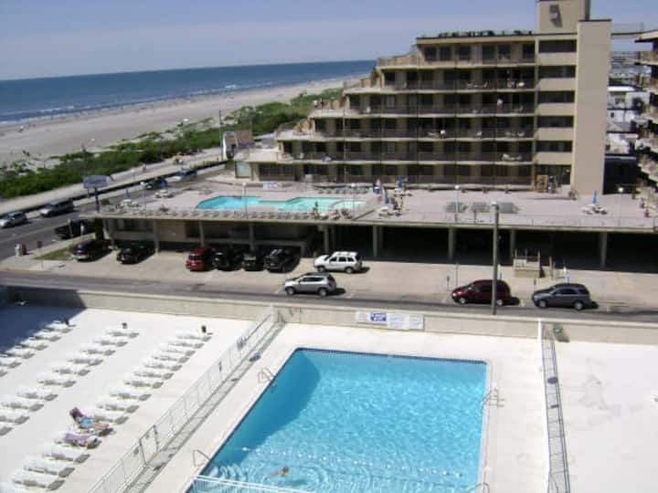 Wildwood Family Vacation Condo by the Beach