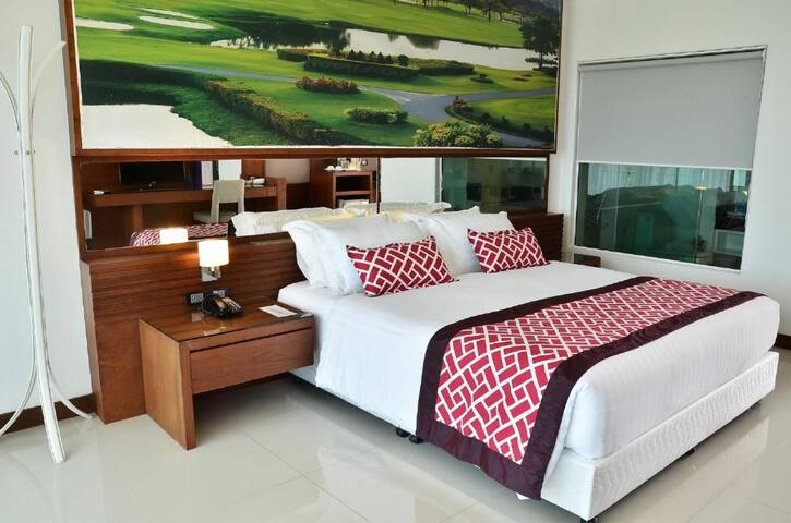 Attractive Double Room In Phuket Town