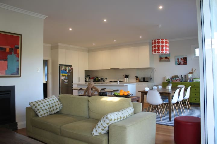 Large family house for Xmas 2016 - North Manly - Dům