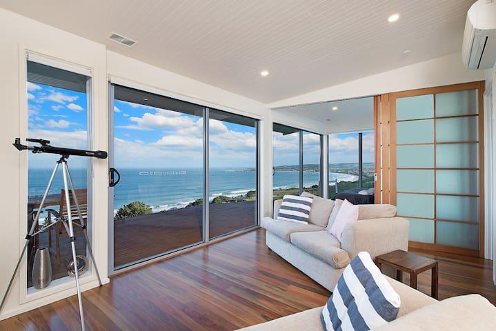 Seafarers Getaway Top Lodge #2 - Apollo Bay - Apartment