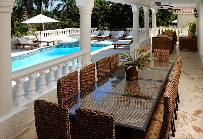 Villa with VIP Gold benefits -- Dream Vacation