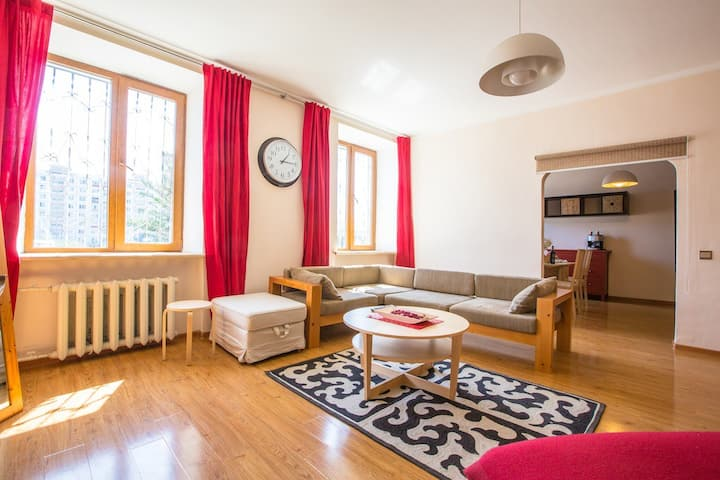 Superb 2 Bedroom Apartment