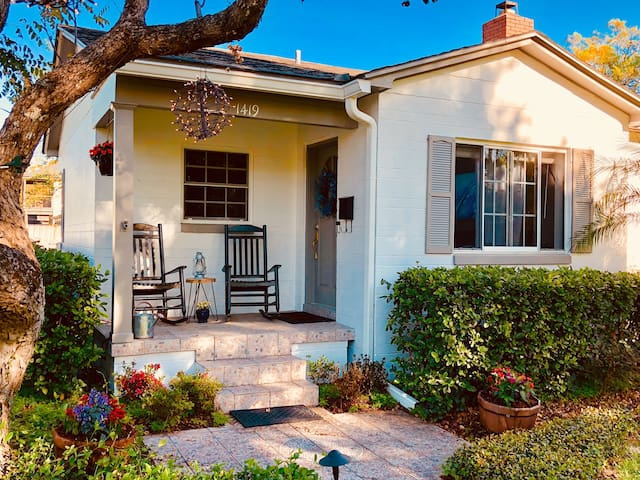 Southern-Style Cottage in Orlando! Relax & Explore