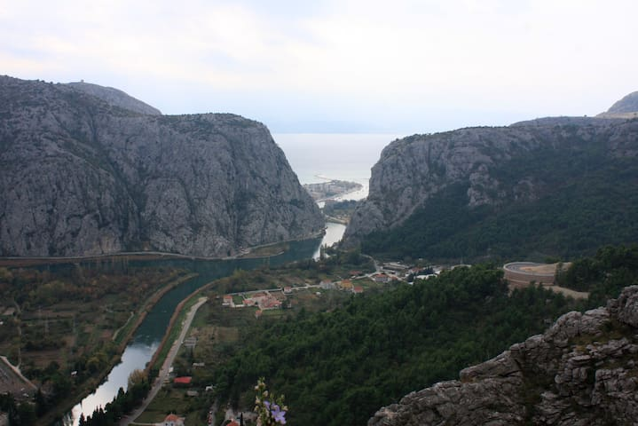 Canyon of river Cetina