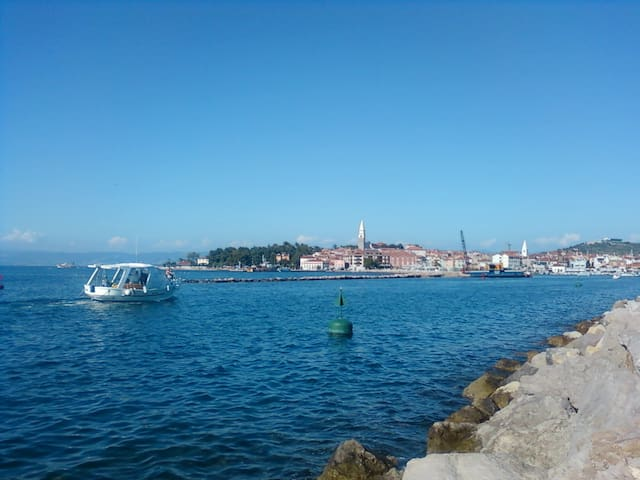 NICE APARTMENT IN THE CENTER NEAR THE SEA - Izola - Isola