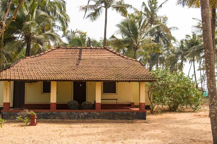 Udupi Homestay: Serene Beachside Stay 04