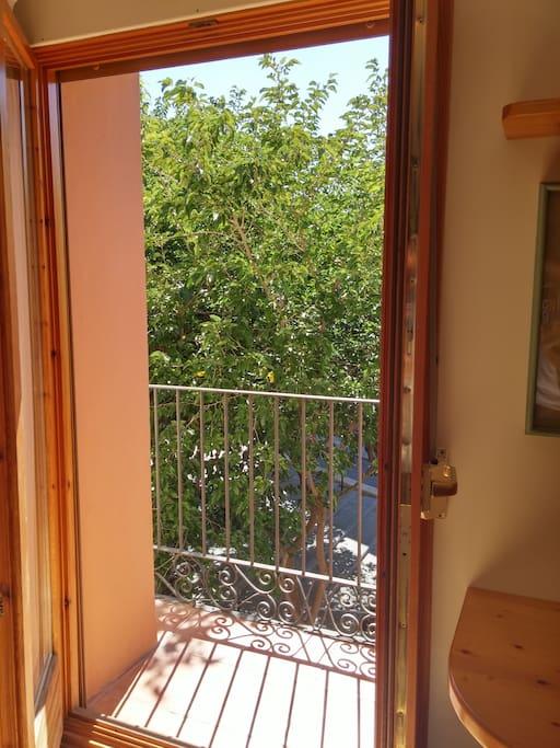 Detalle del balcón en el salón