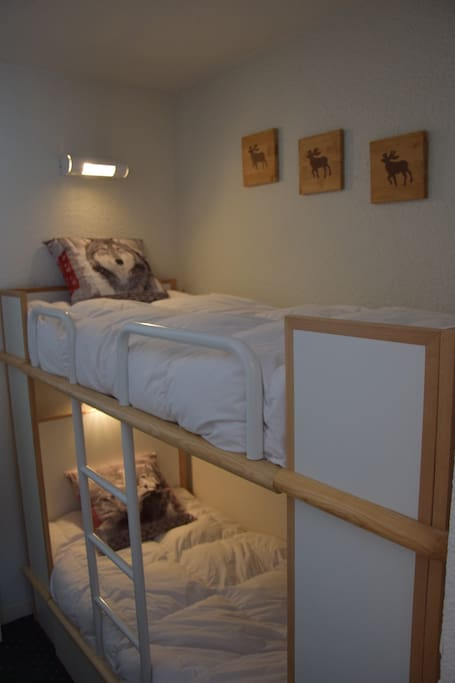Sleepingroom 2: 2x1p bed