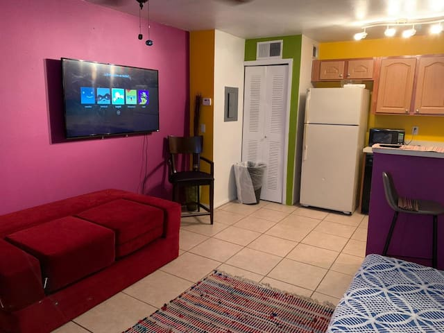 Nice and comfy 1-Bedroom apt 6 Universal 20 Disney