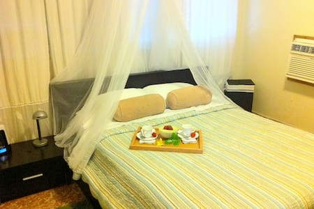 Private Villa 27 guests, beach, jacuzzi, courtyard - サンファン