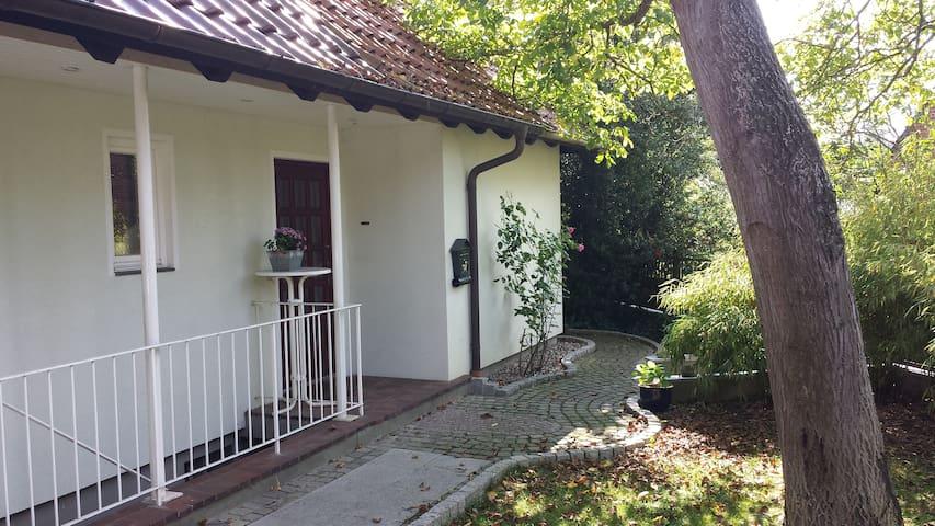 Niedliches Zimmer am Stadtpark - Lübeck