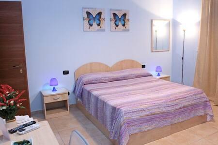 Camera Azzurra da 1 a 4 posti - Olivarella-Corriolo