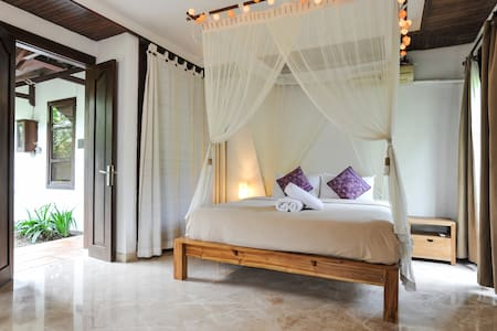Amazing Deluxe Room with Garden Views - Ubud
