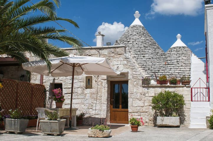 Superb TRULLO in Itria-Tal - Martina Franca
