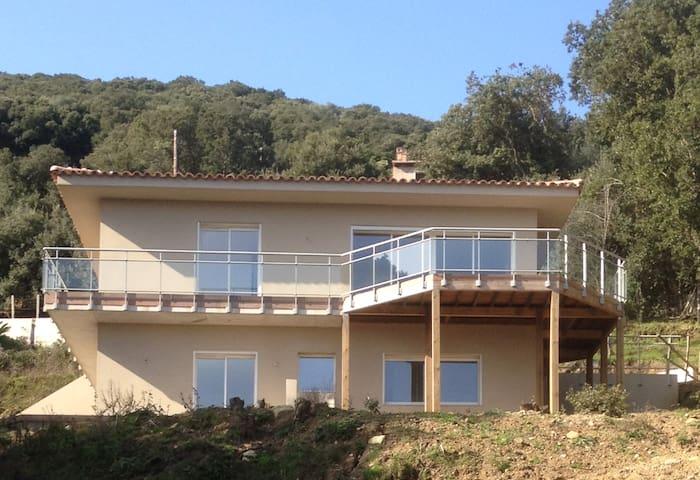 Maison neuve 2 étages séparés -RDC - Belvédère-Campomoro - Ev