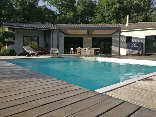Villa entre Bordeaux et l'océan