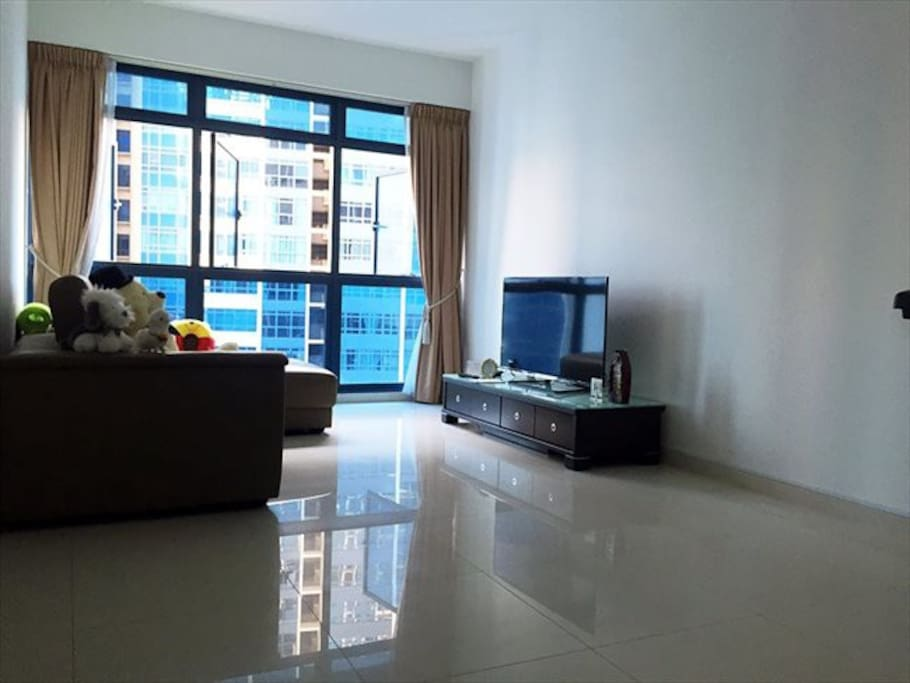 Master Bedroom City Square Residences Condominiums For Rent In Singapore Singapore